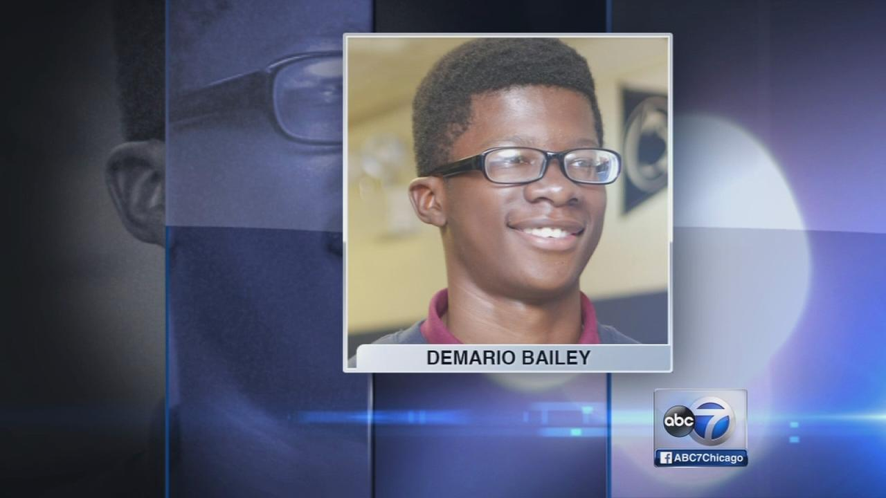 Boy, 15, fatally shot during robbery attempt, police say