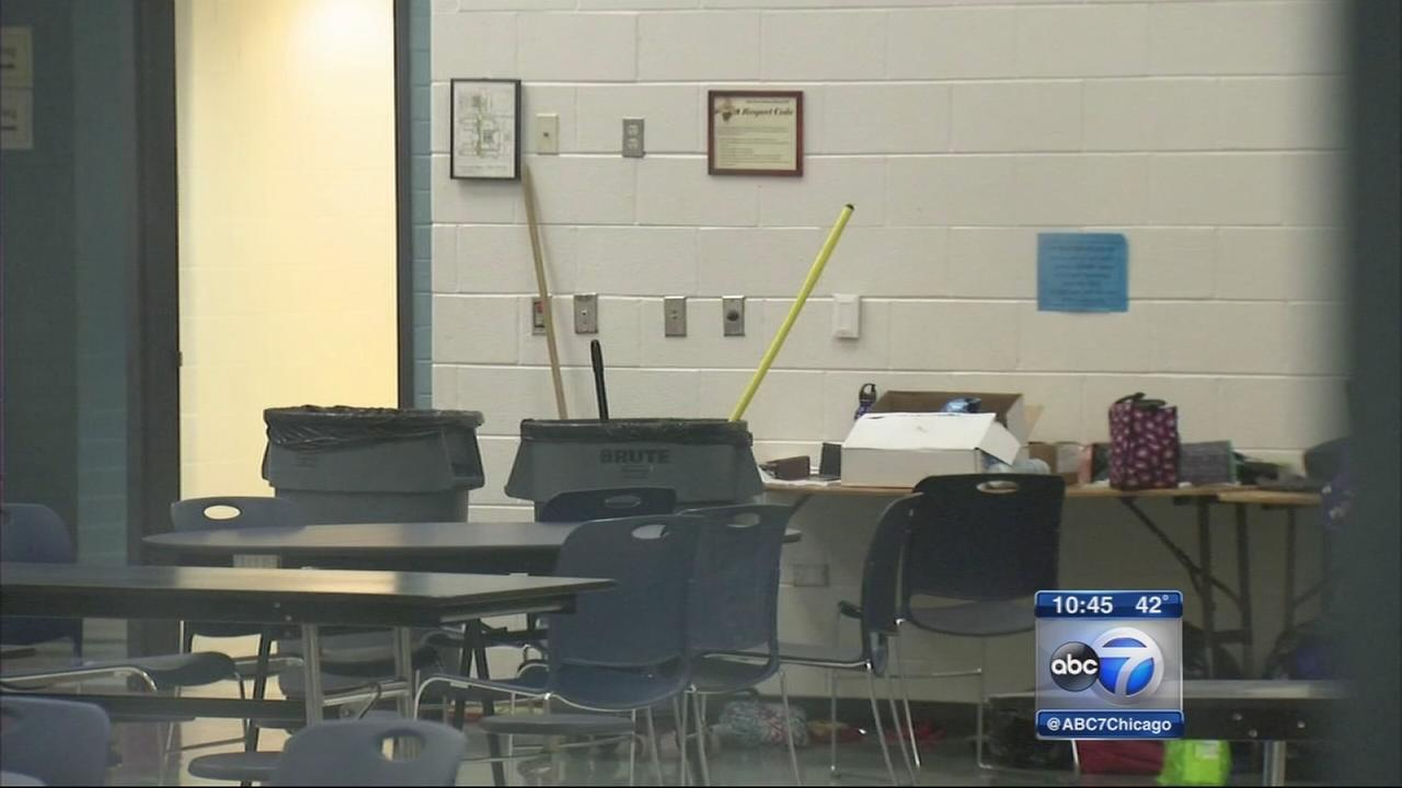 Sickness hits hundreds of students, staff from Oak Park school