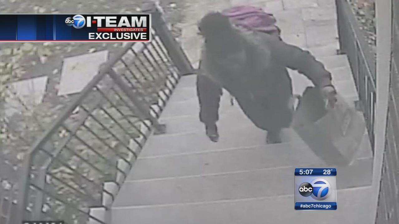 Package stolen off Roscoe Village porch