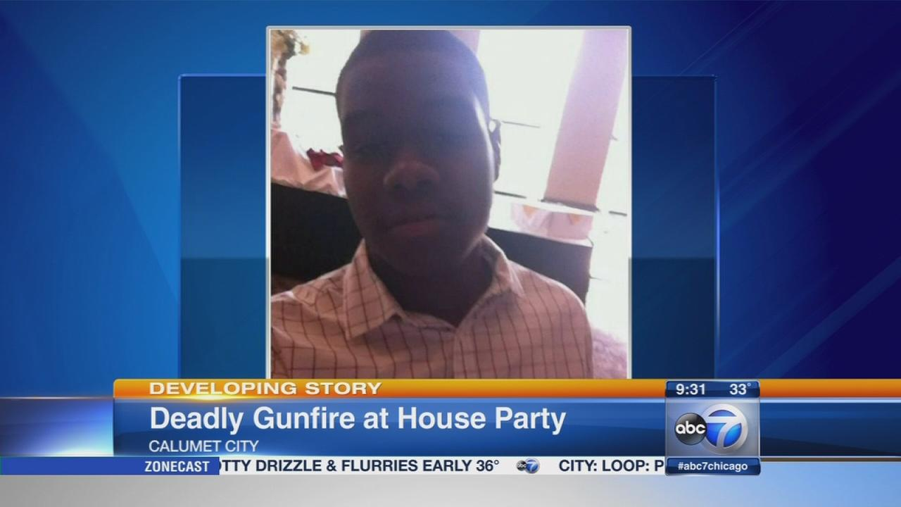Calumet City house party shooting kills 1, injures 10