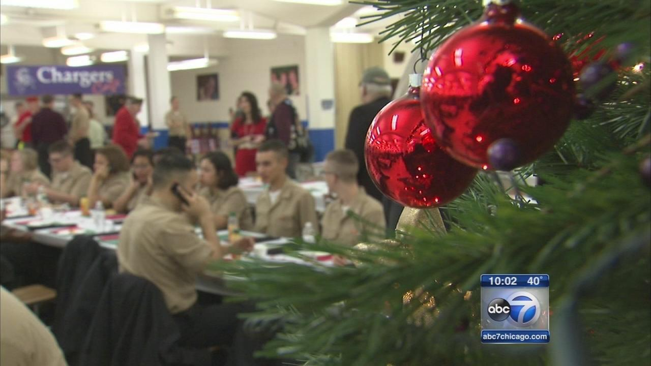 Sailors treated to food, fellowship, calls home on Christmas