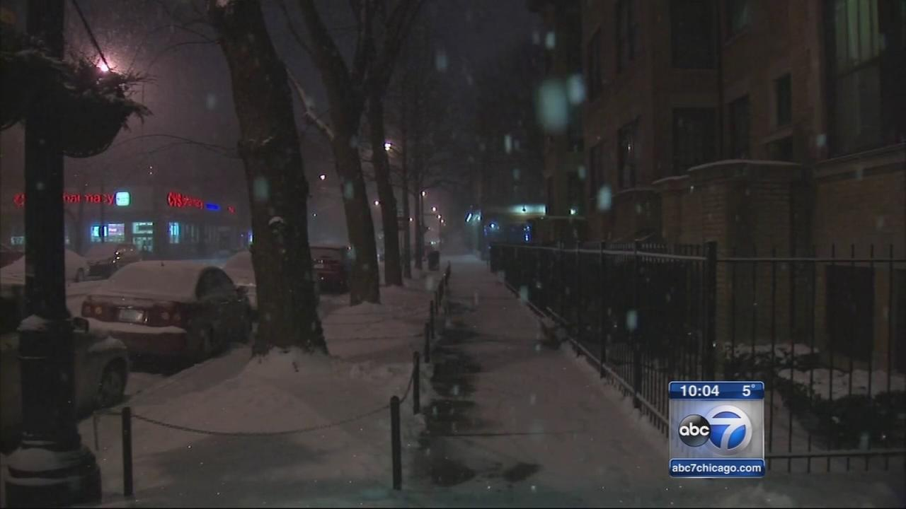 Snow blankets Chicago area