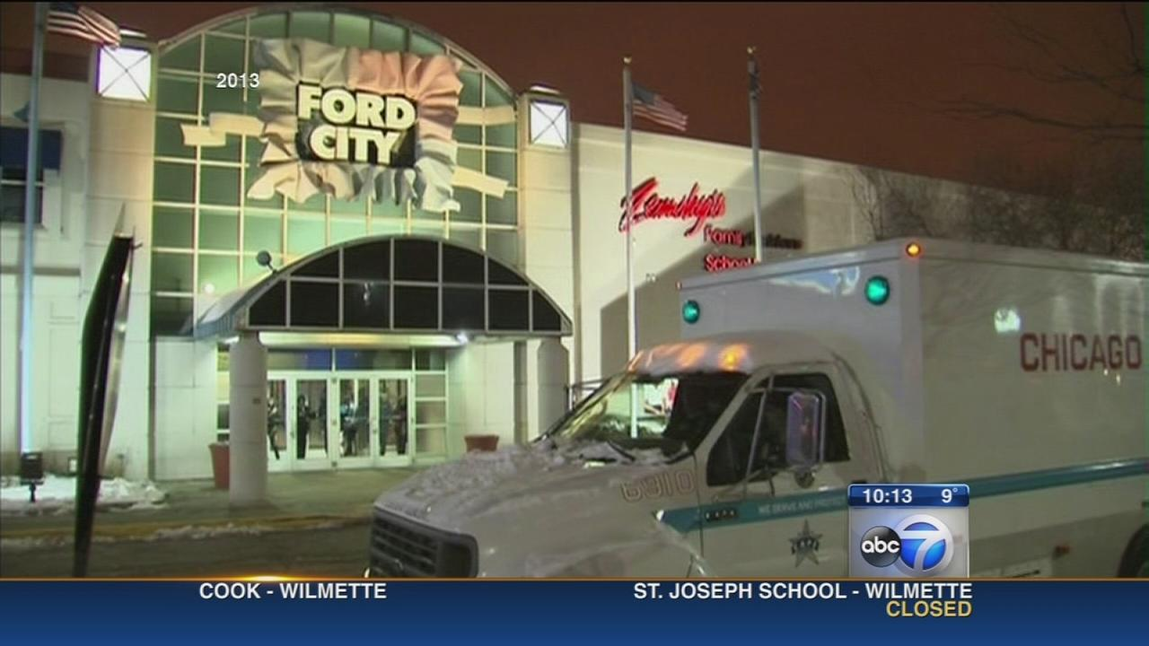 Ford City Mall changing weekend rules for teenagers