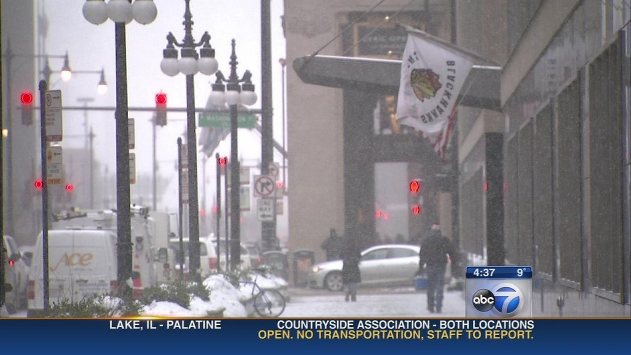 Extreme cold forces Chicagoans indoors