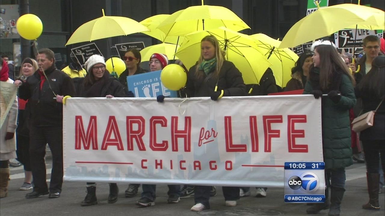 Thousands join pro-life march in Chicago