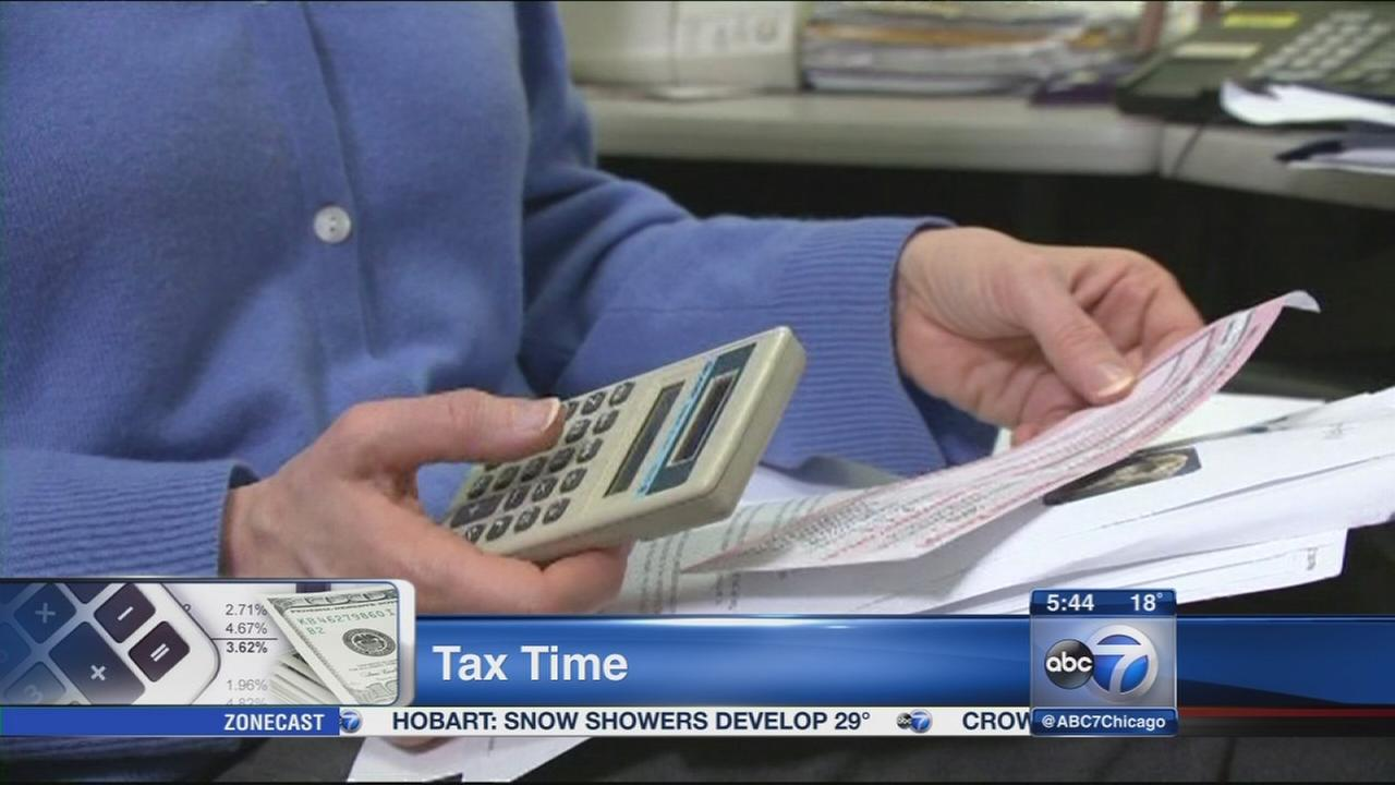 Tax expert: Taxpayers should file early this year