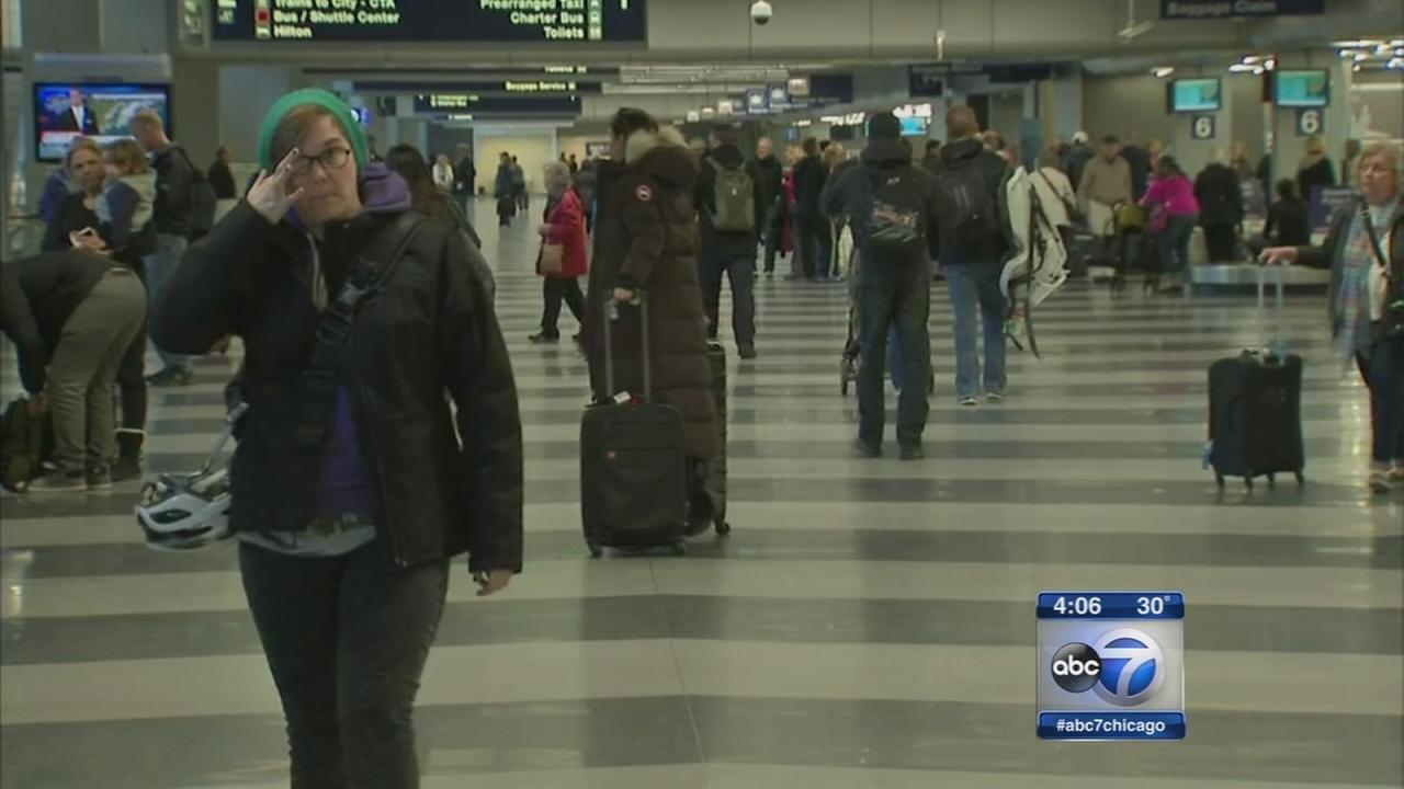 Travelers stuck at Chicago airports another night