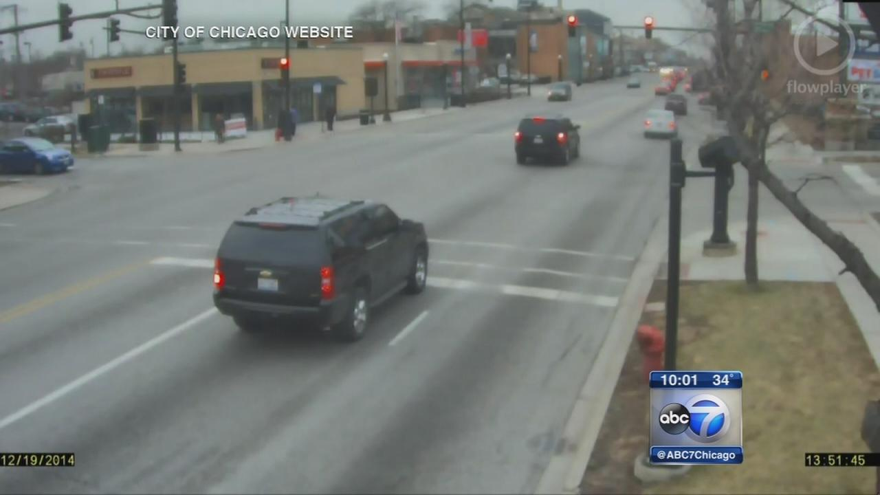 Mayors motorcade caught running red lights - again