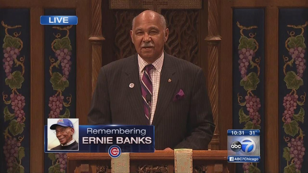 Billy Williams speaks at Ernie Banks memorial service