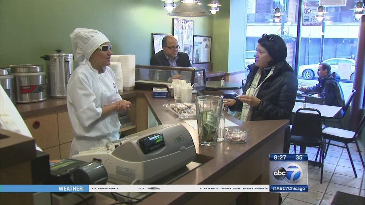 Blind chef fulfills dream with own restaurant