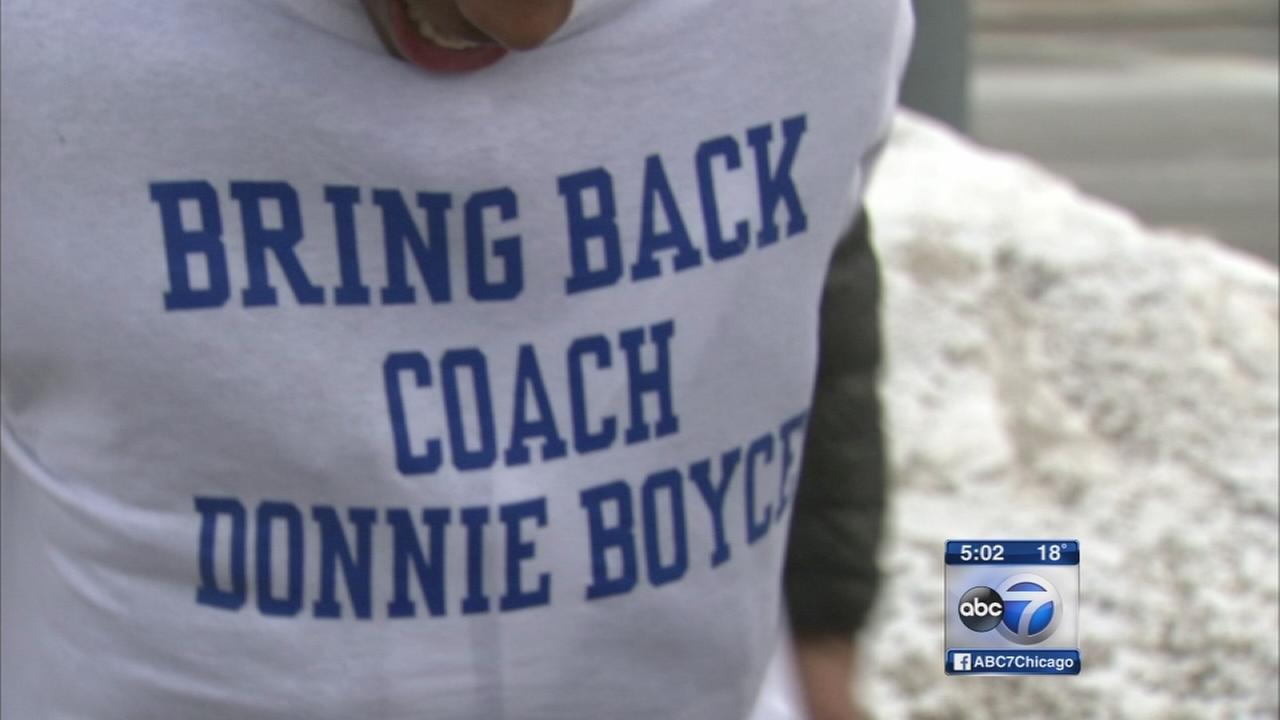 Students support fired coach
