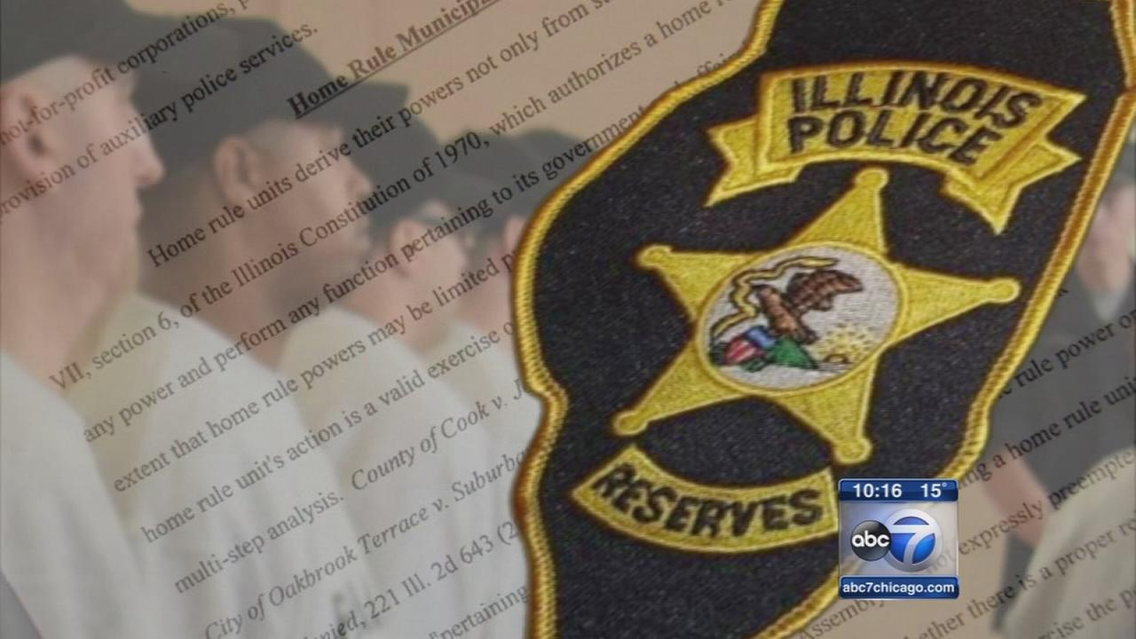 Illinois Police Reserves look like police, but arent