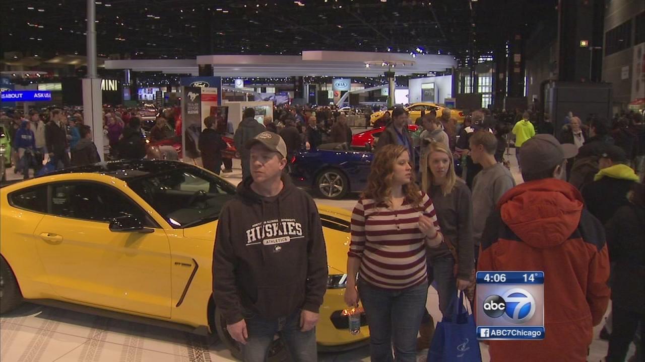 Hispanic Heritage Day at Chicago Auto Show