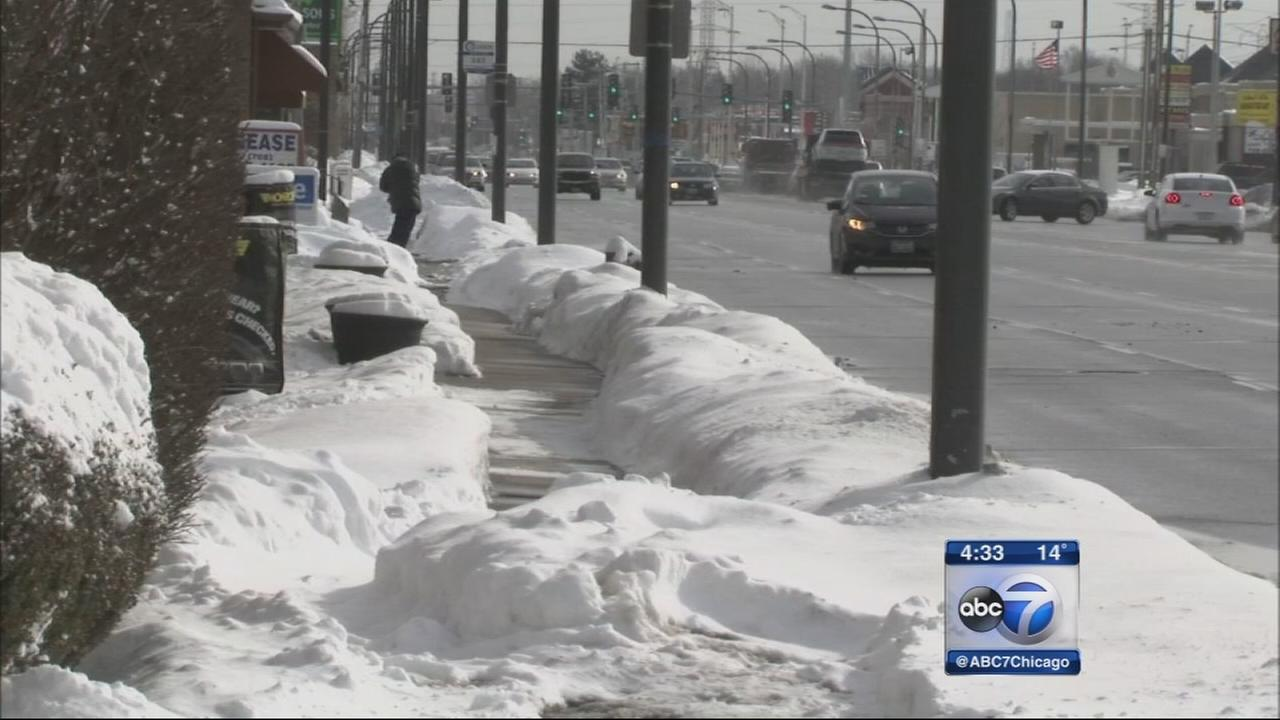 Oak Lawn businesses shovel sidewalks after citations