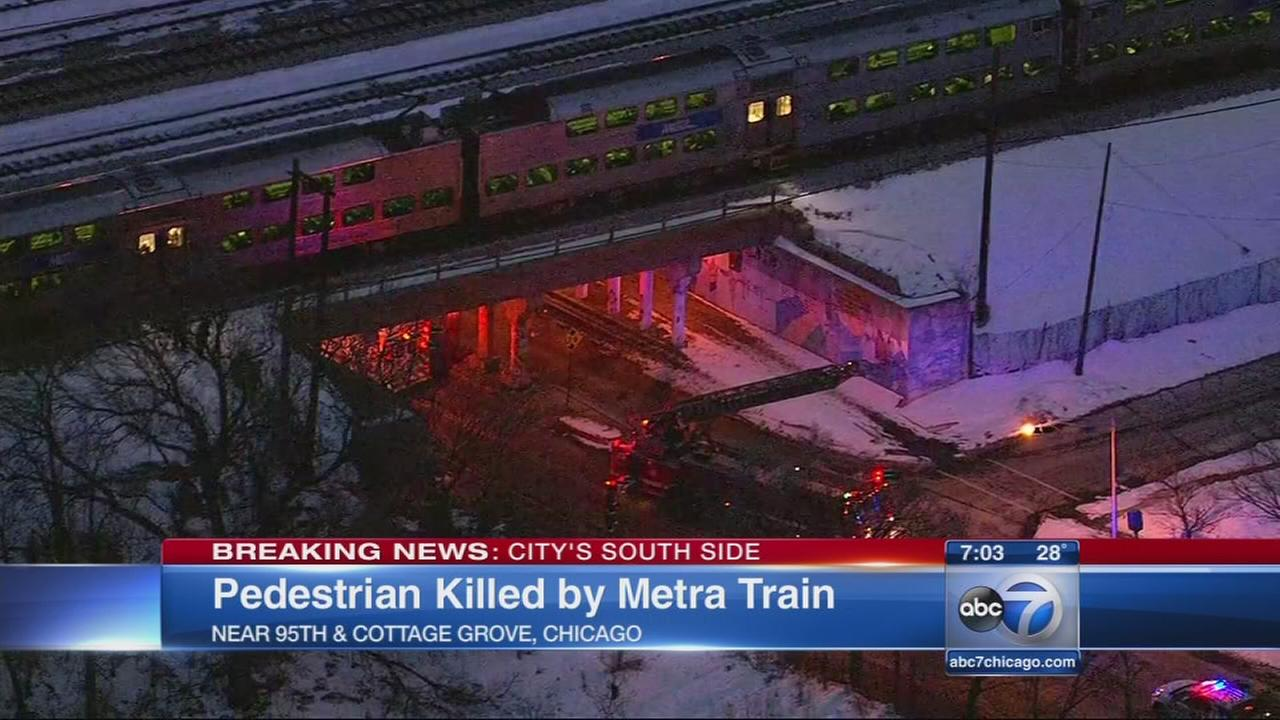 Pedestrian fatally struck by Metra