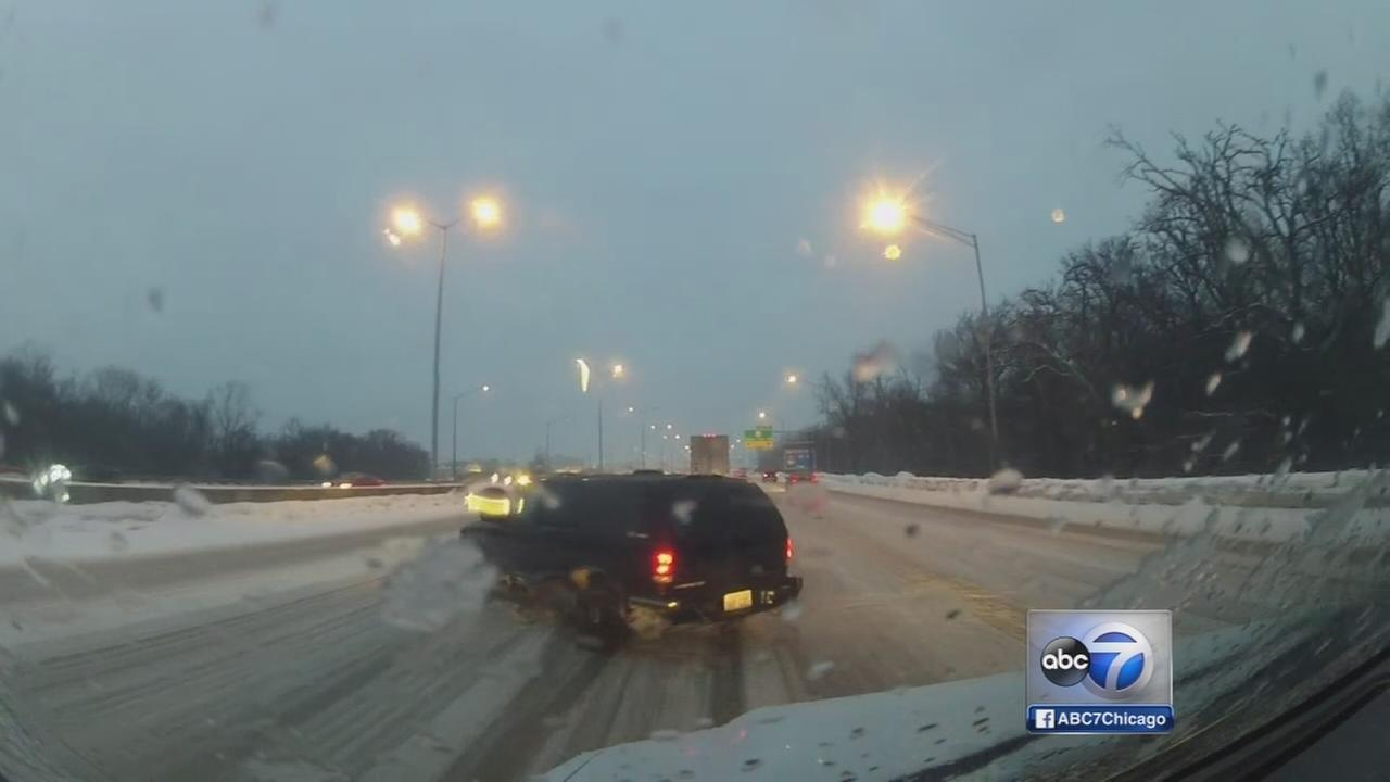 Snow and ice hamper morning commute