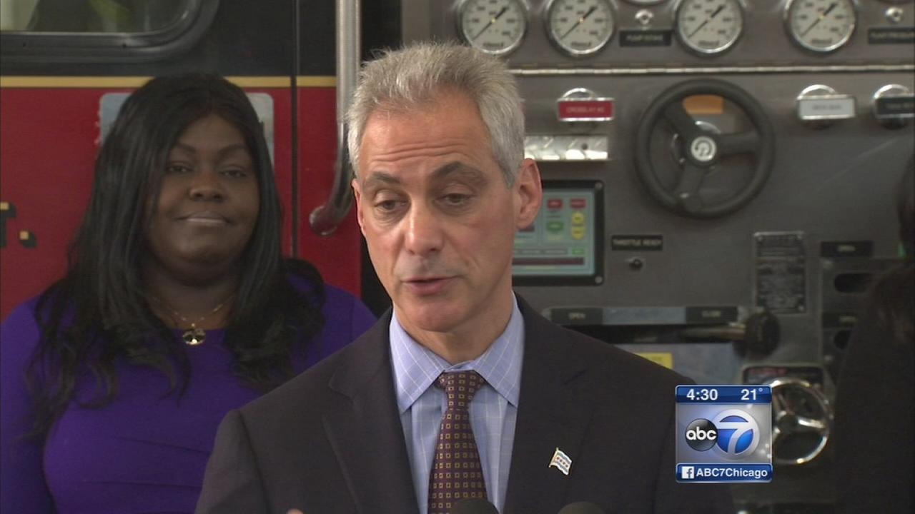 Emanuel slams Rauners proposed budget cuts