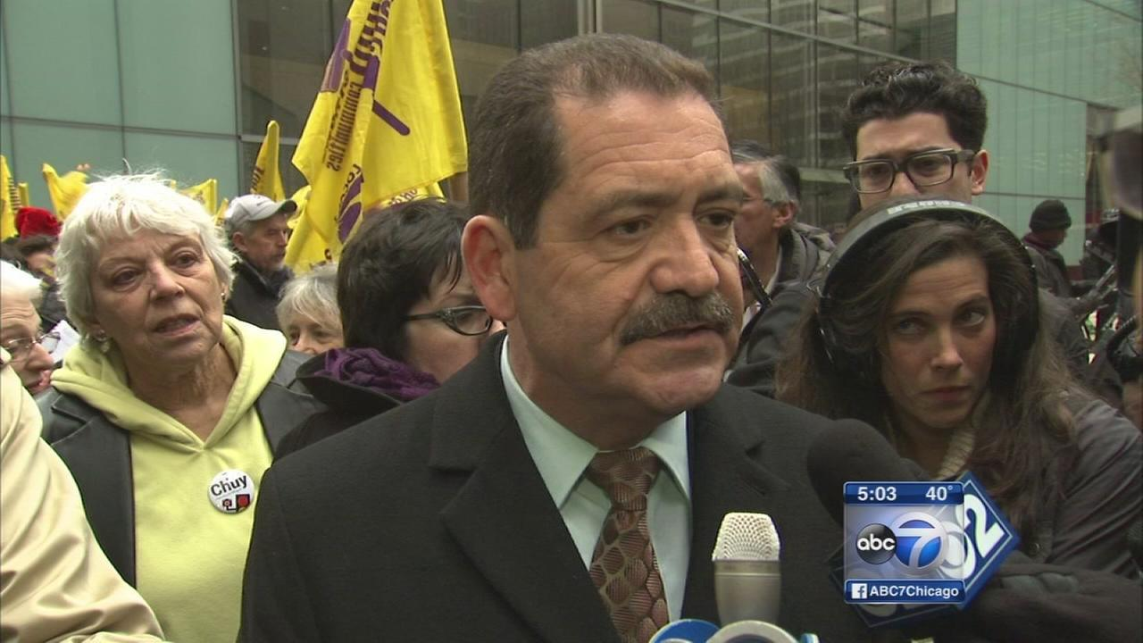 Garcia backs $15 minimum wage for CPS employees