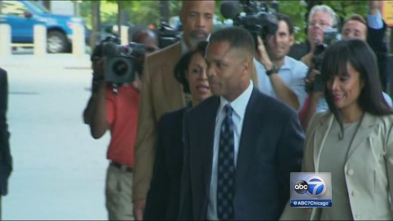 Jesse Jackson Jr. leaves federal prison