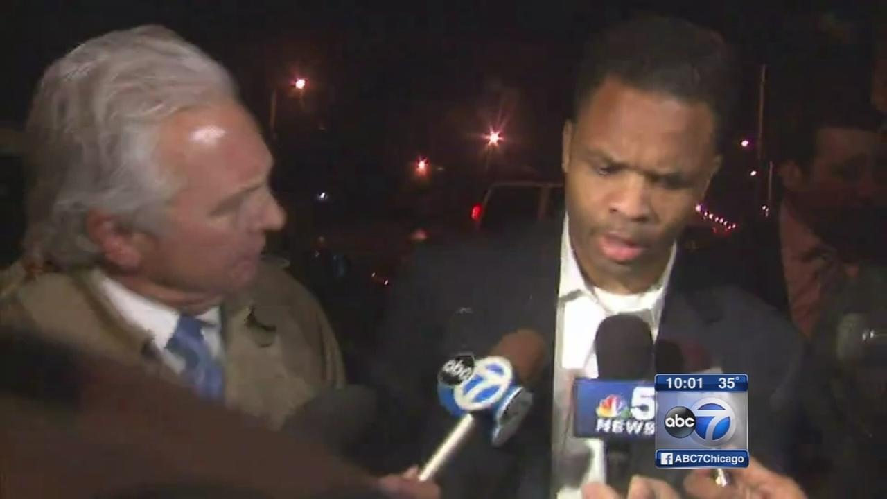 Jesse Jackson Jr. arrives at halfway house