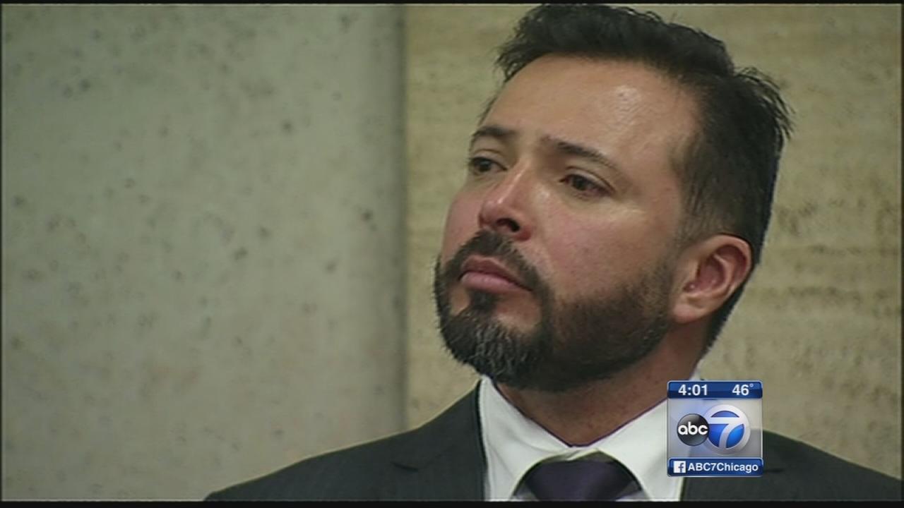 Judge dismisses case against Chicago cop Dante Servin