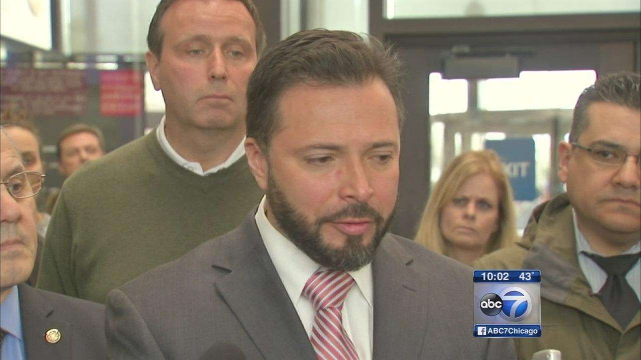 Judge dismisses charges against Chicago cop Dante Servin