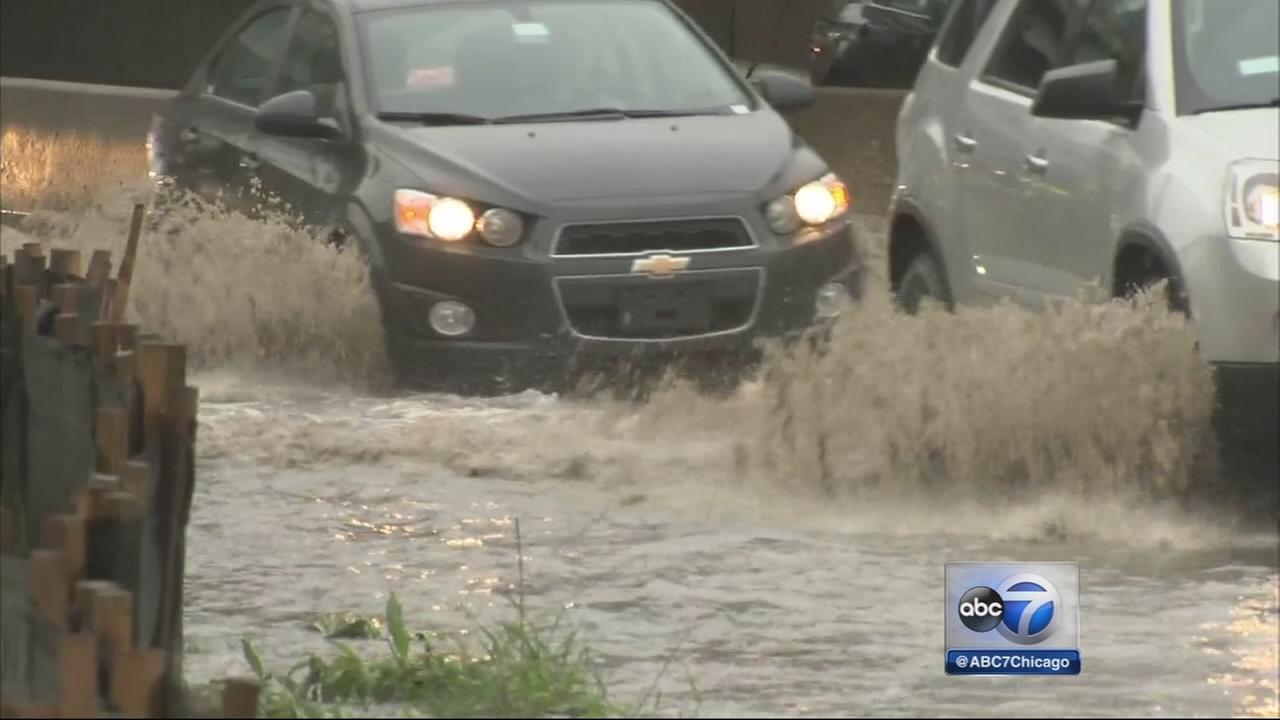 Heavy rain floods ininbound Kennedy