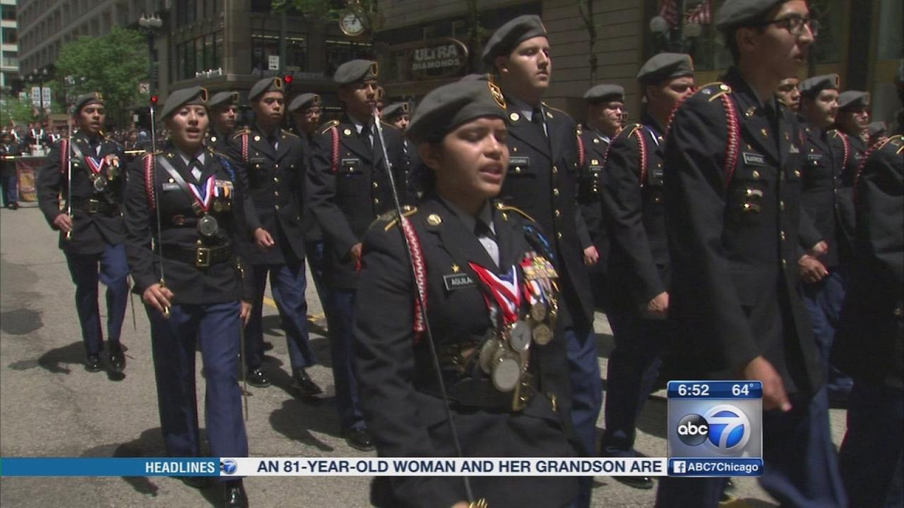 Chicagos Memorial Day Parade to return to downtown