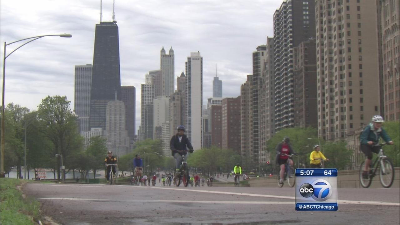 Bike the Drive returns to Lake Shore Drive
