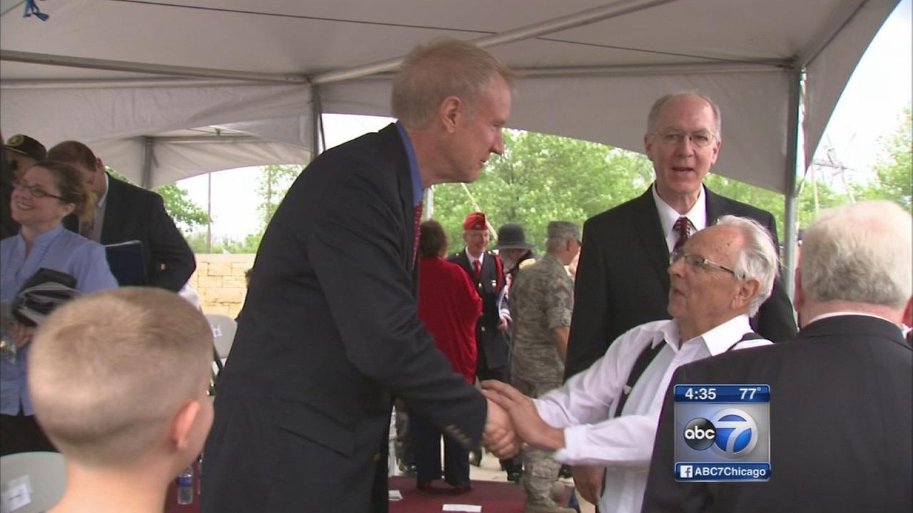 Politicians honor fall veterans