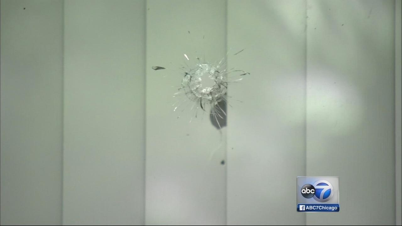 Woman shot in neck in McKinley Park home