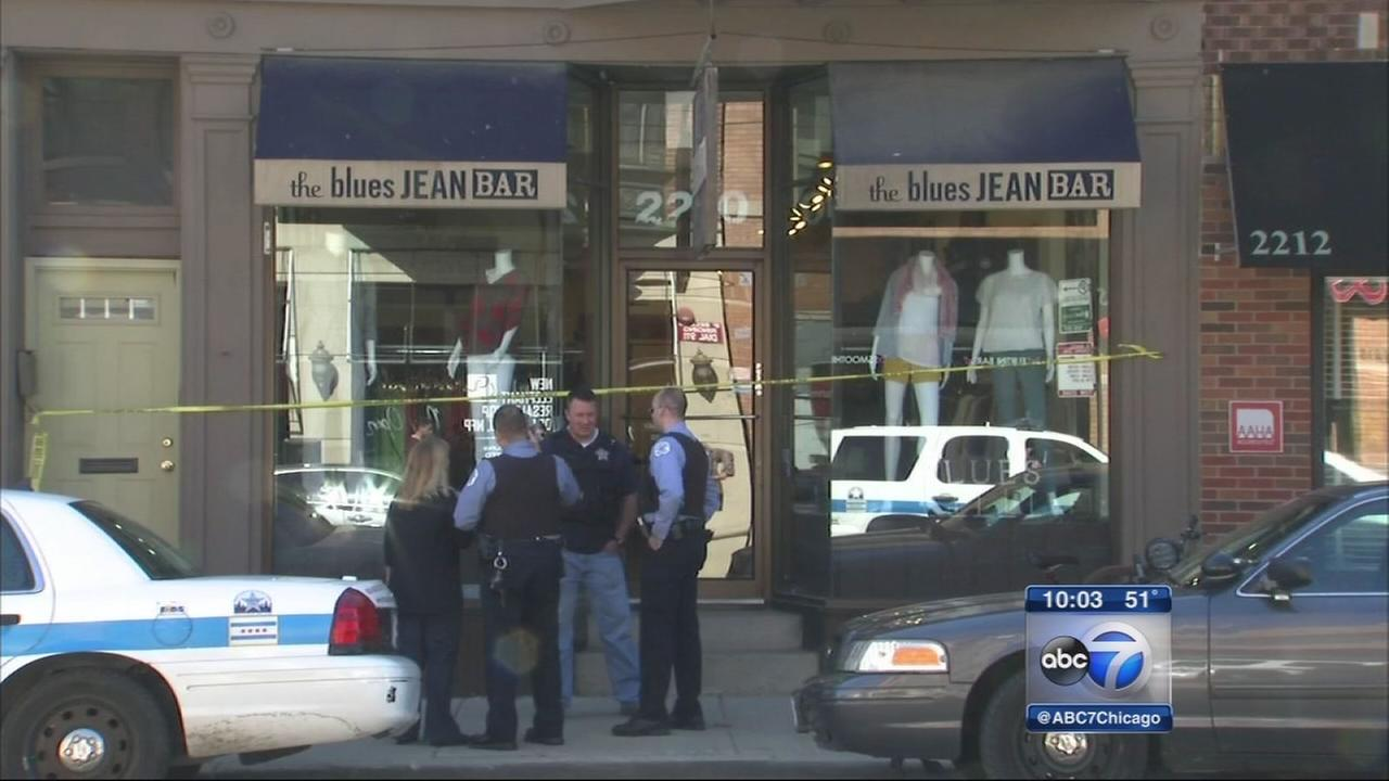 Lincoln Park boutique robbed at knifepoint