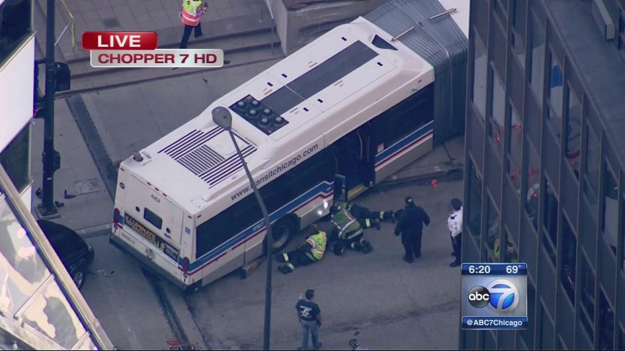 12 injured in CTA bus accident