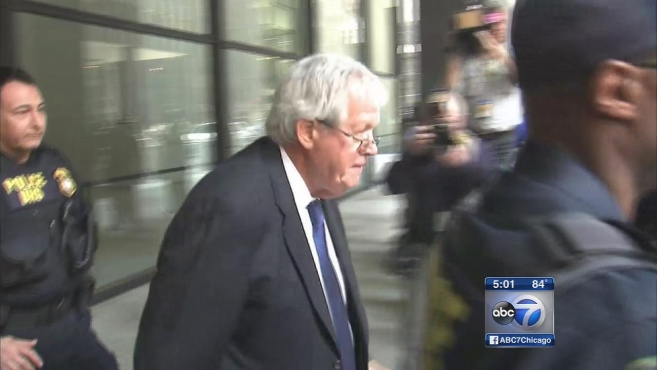 Dennis Hastert pleads not guilty to bank charges