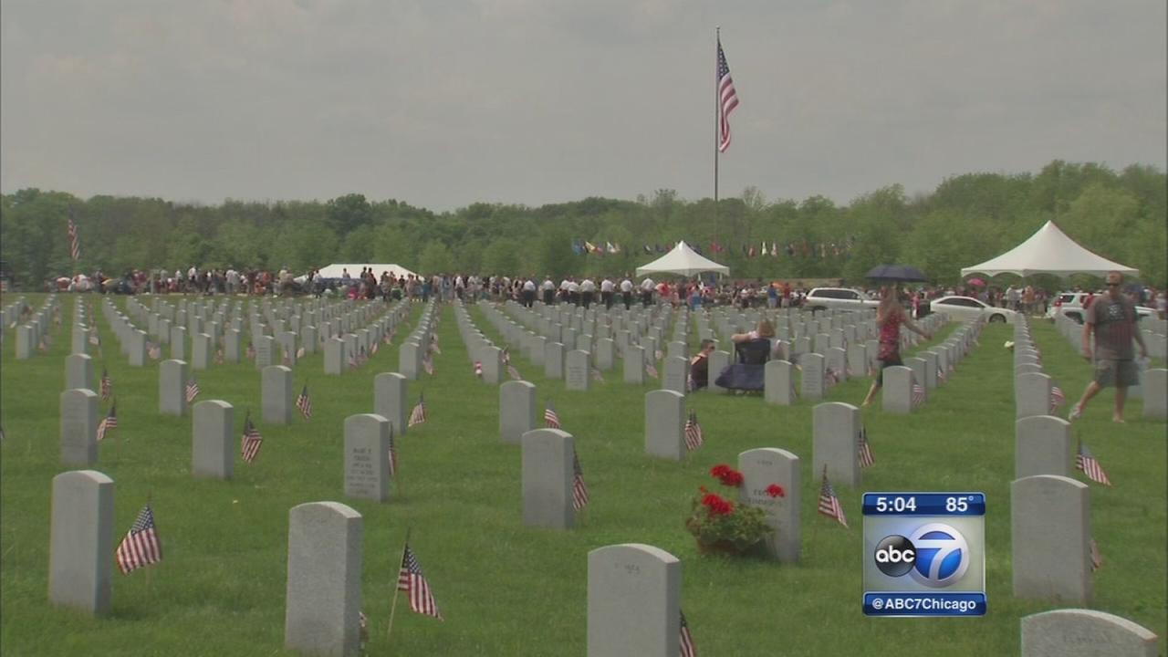 Lincoln Cemetery service filled with patriotism, gratitude