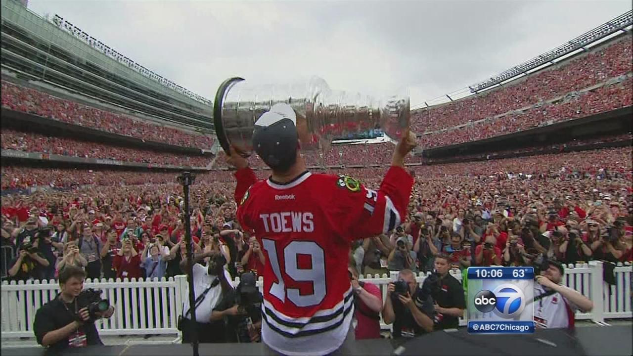 Fans continue celebrating long after parade, rally