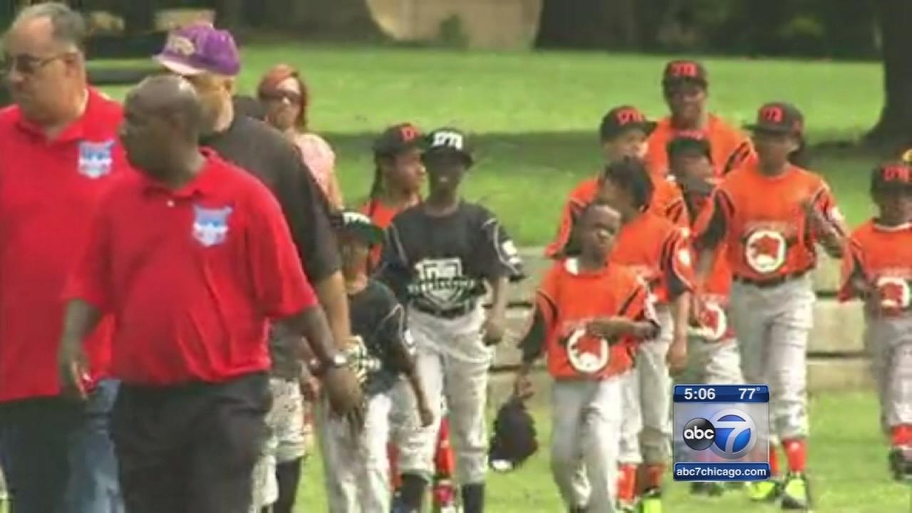 Youth baseball league launched in Englewood