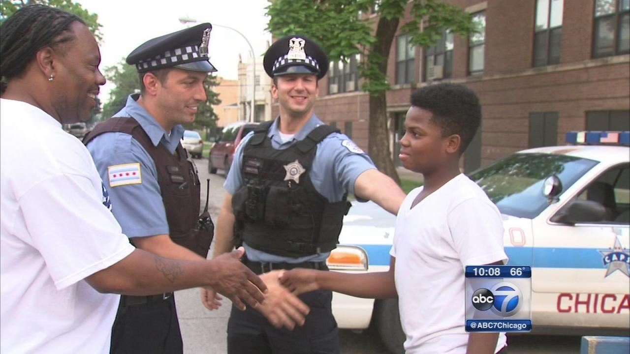 Chicago cop speaks out after video goes viral
