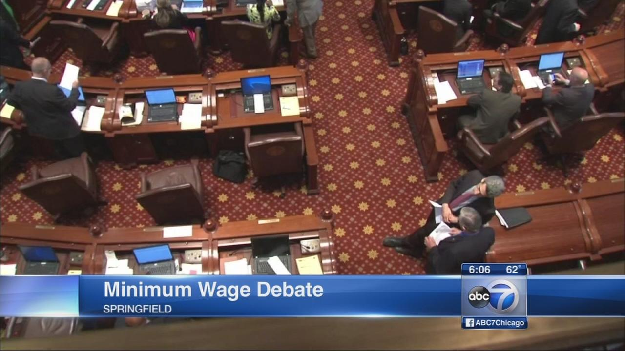 Illinois legislature passes minimum wage ballot measure