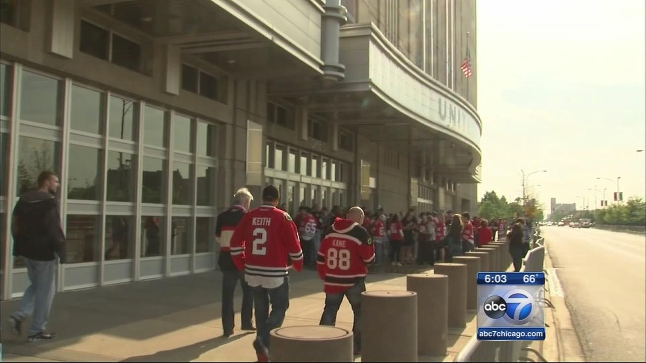 Hawks fans hope to extend season