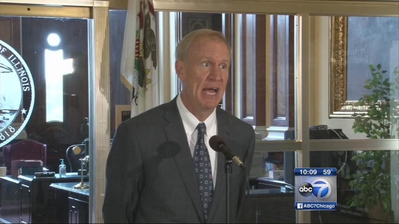 Rauner releases pension reform bill amid budget battle