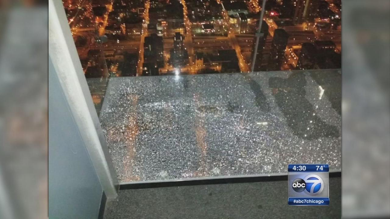 Willis Tower Ledge sounded like ice cracking