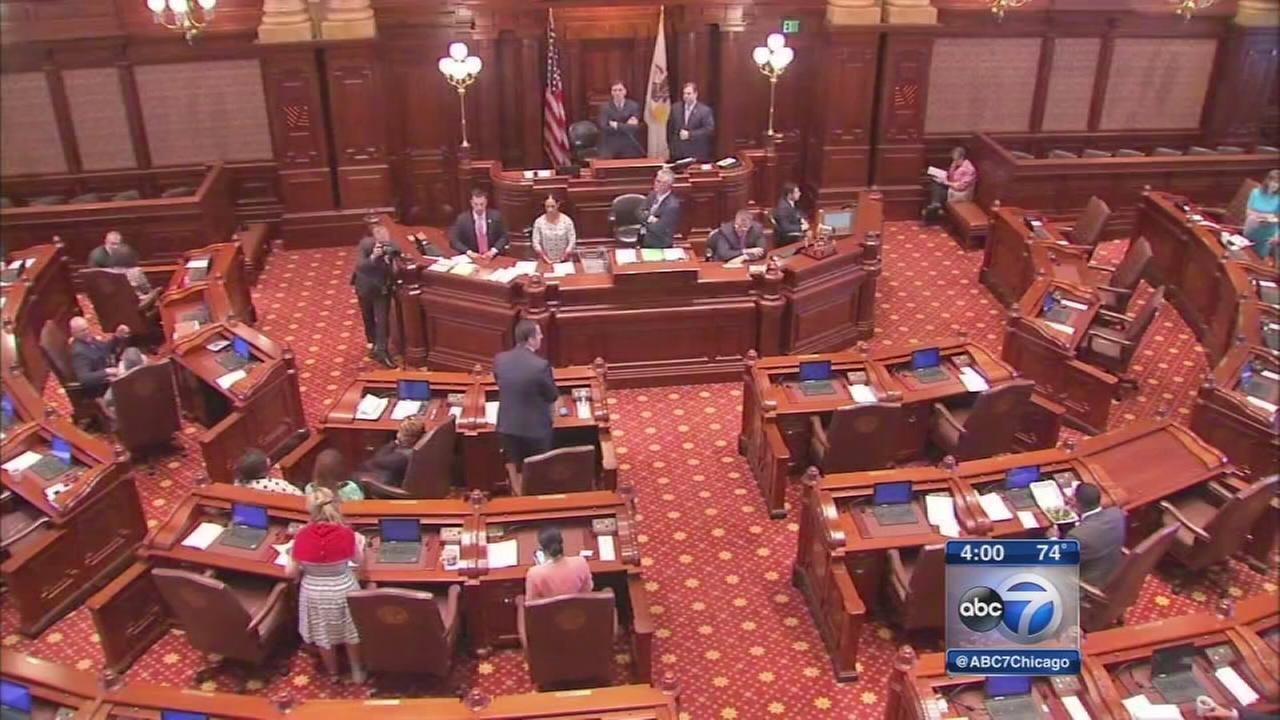 IL Senate approves temporary budget