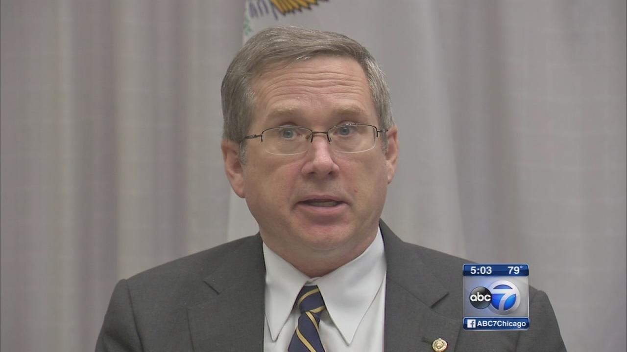 Kirk wants head of Hines VA to resign