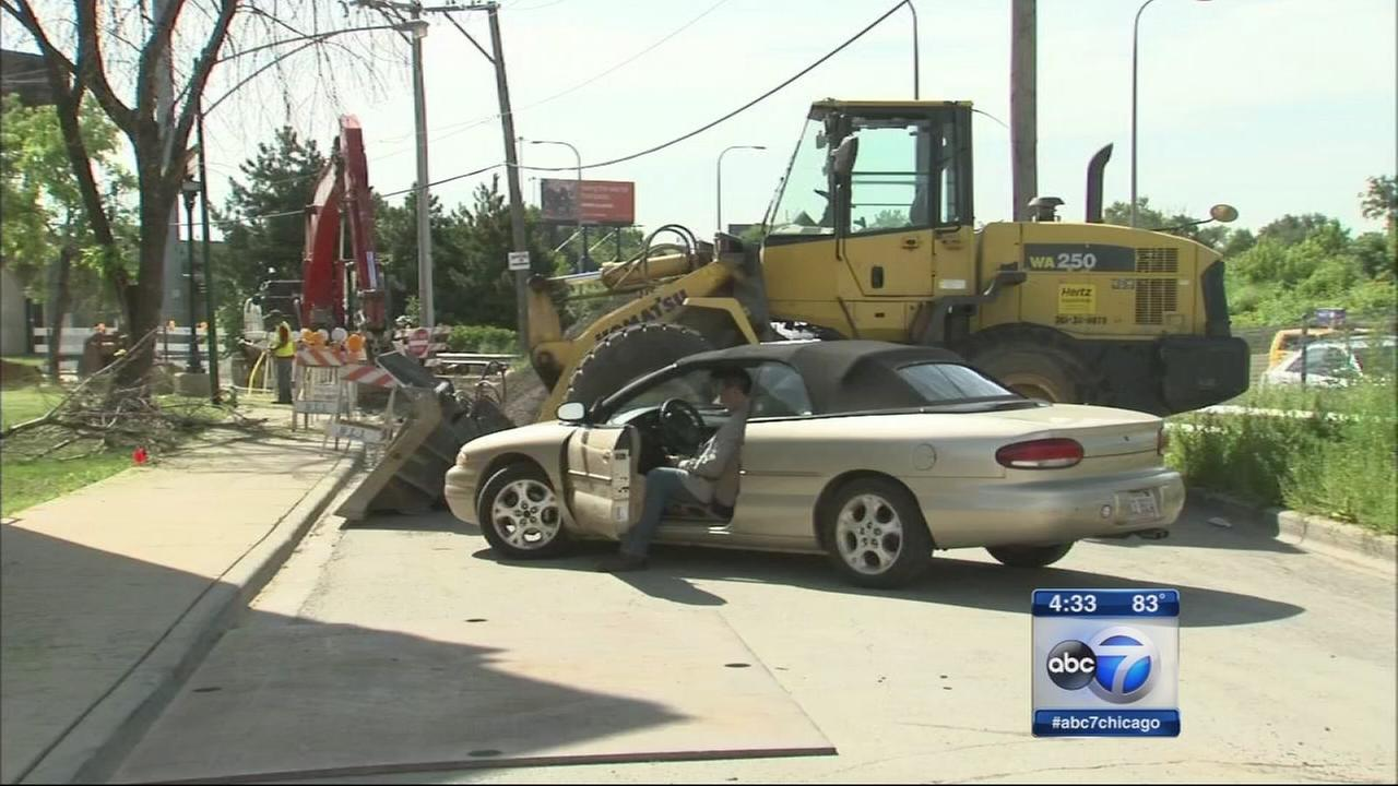 Alderman uses car to block construction project