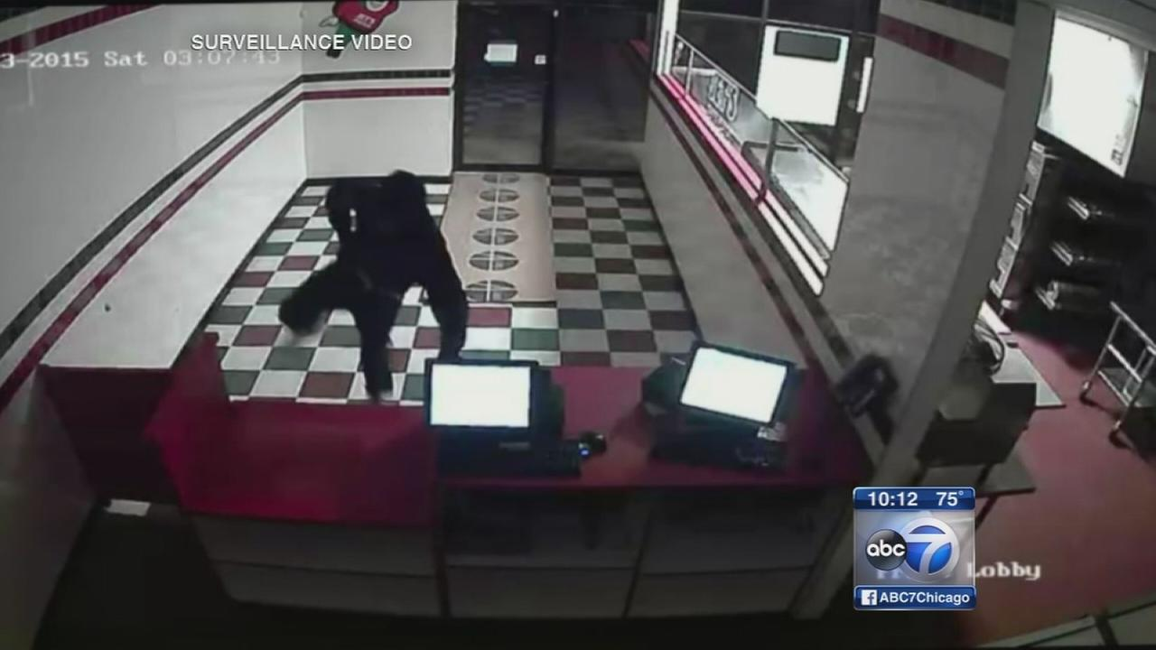 Police warn of business burglaries on North Side