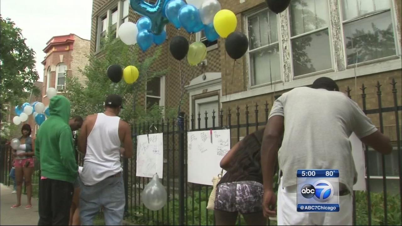 2 killed, 1 injured in East Garfield Park shooting