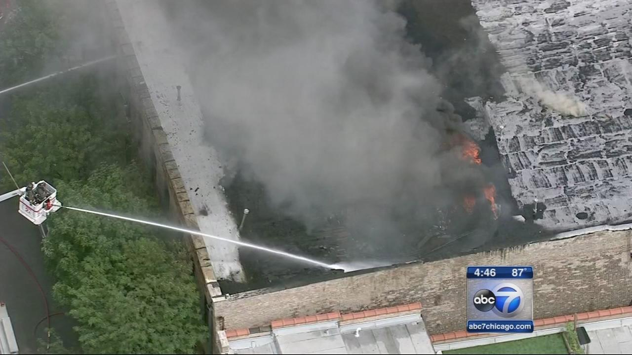 Wedding day fire destroys Chicago couples apartment