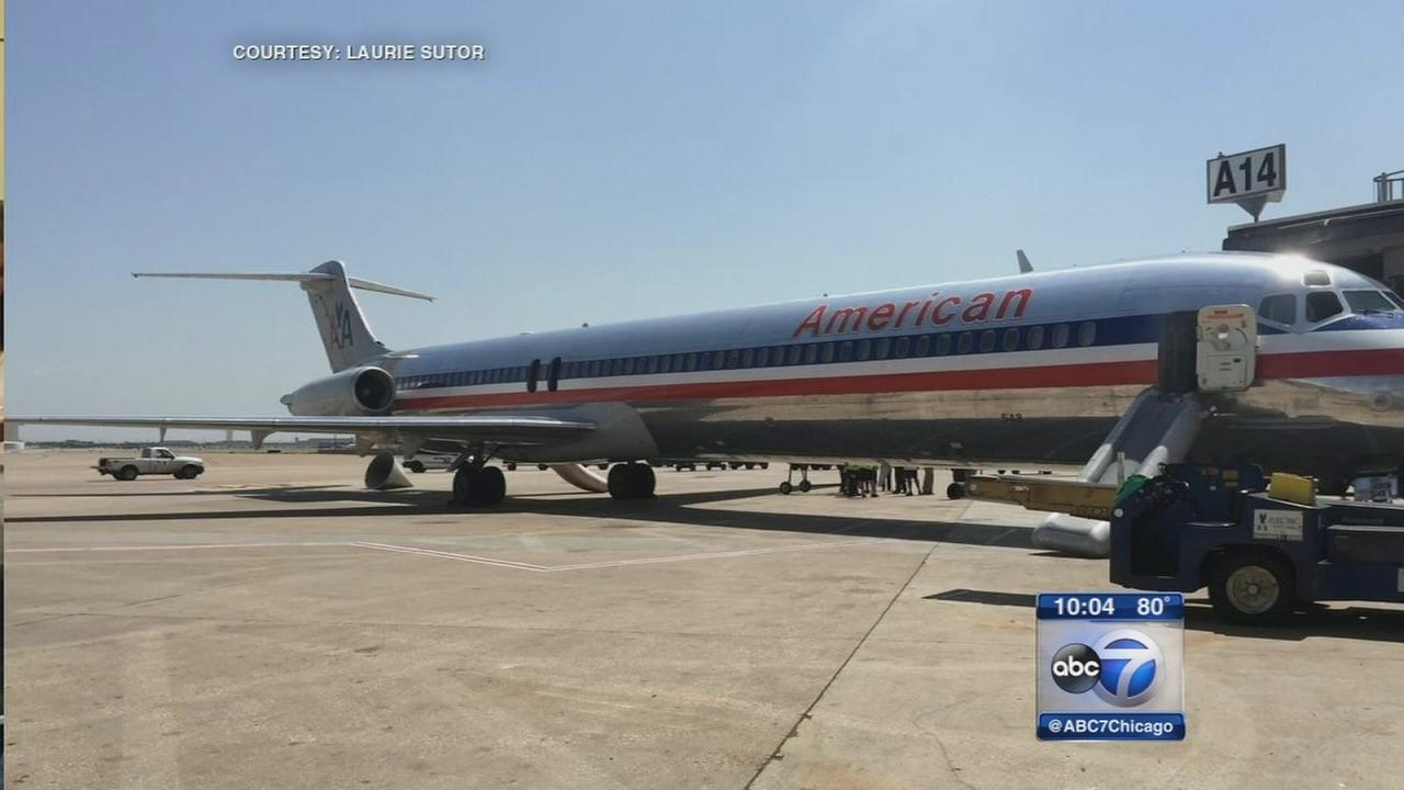 Plane bound for Chicago evacuated for smoke in cabin