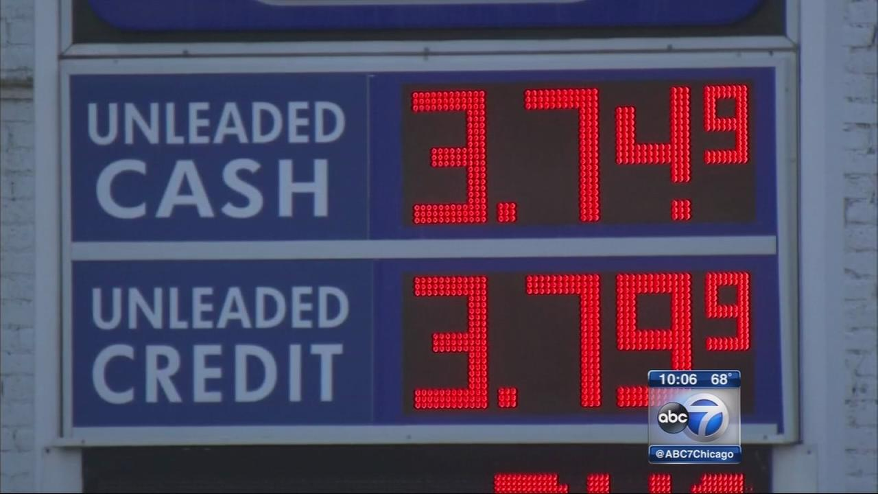 Gas prices spike in Chicago area after refinery problem